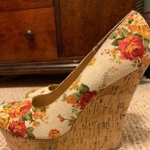 Floral Wedges/slightly worn
